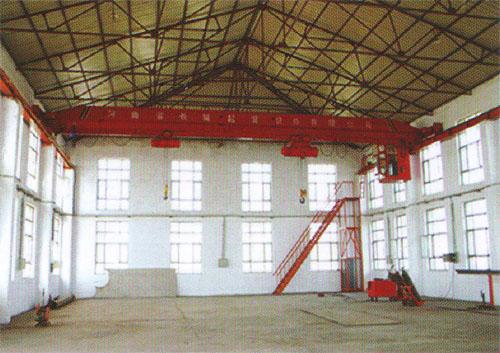 10吨吊车